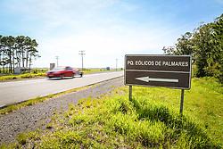 Vista do Parque Eólico Palmares S/A, na Fazenda Rosário, controlado pela empresa Enefir do Brasil. A área é suspeita de ter sido envolvida em lobby para favorecimento de multinacionais do útero de energia eólica por parte de Eliseu Padilha (PMDB), Ministro Chefe da Casa Civil do Governo Temer. Foto: Gustavo Roth/ Agência Preview