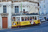 Portugal, Lisbonne,quartier de Baixa pombalin, tramway numero 28 // Portugal, Lisbon, tram 28