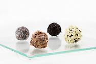 Nederland, Gouda, 20100706..chocolate truffles.Gouda Kookt