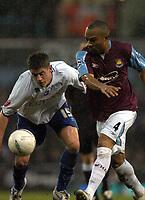 Photo: Olly Greenwood.<br />West Ham United v Brighton & Hove Albion. The FA Cup. 06/01/2007. West Ham's Danny Gabbidon and Brighton's Alex Revell