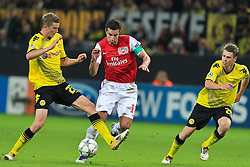 13.09.2011, Signal Iduna Park, Dortmund, GER, UEFA CL, Gruppe F, Borussia Dortmund (GER) vs Arsenal London (ENG), im Bild.Sven Bender (Dortmund #22) (L) gegen Robin van Persie (Arsenal #10) (R)..// during the UEFA CL, group F, Borussia Dortmund (GER) vs Arsenal London on 2011/09/13, at Signal Iduna Park, Dortmund, Germany. EXPA Pictures © 2011, PhotoCredit: EXPA/ nph/  Mueller       ****** out of GER / CRO  / BEL ******