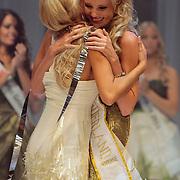 NLD/Nijkerk/20110710 - Miss Nederland verkiezing 2011, Miss Nederland Universe is geworden Miss Limburg Kelly Weekers