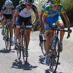 Brainwash Ladiestour Bunde-Berg en Terblijt beklimming Kruishoeveweg Jessie Daams en Elisa Longo Borghini