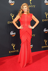 Connie Britton  bei der Verleihung der 68. Primetime Emmy Awards in Los Angeles / 180916<br /> <br /> *** 68th Primetime Emmy Awards in Los Angeles, California on September 18th, 2016***