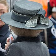 NLD/Den Haag/20170208 - Prinses Beatrix aanwezig bij onthulling beeld naamgever Madurodam, hoed van Prinses Beatrix