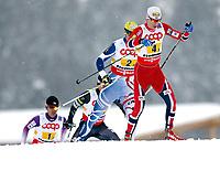 Kombinert<br /> VM 2013<br /> Val di Fiemme Italia<br /> 24.02.2013<br /> Foto: Gepa/Digitalsport<br /> NORWAY ONLY<br /> <br /> FIS Nordische Ski Weltmeisterschaften 2013 in Val di Fiemme, Teambewerb, 4x5km. Bild zeigt Akito Watabe (JPN), Todd Lodwick (USA), Sebastien Lacroix (FRA) und Magnus Krog (NOR).