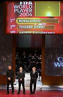 Wahl des Fussballers des Jahres Sieger Ronaldinho (M) Thierry Henry (L) und Andreiy Shevchenko (R). © Valeriano Di Domenico/EQ Images