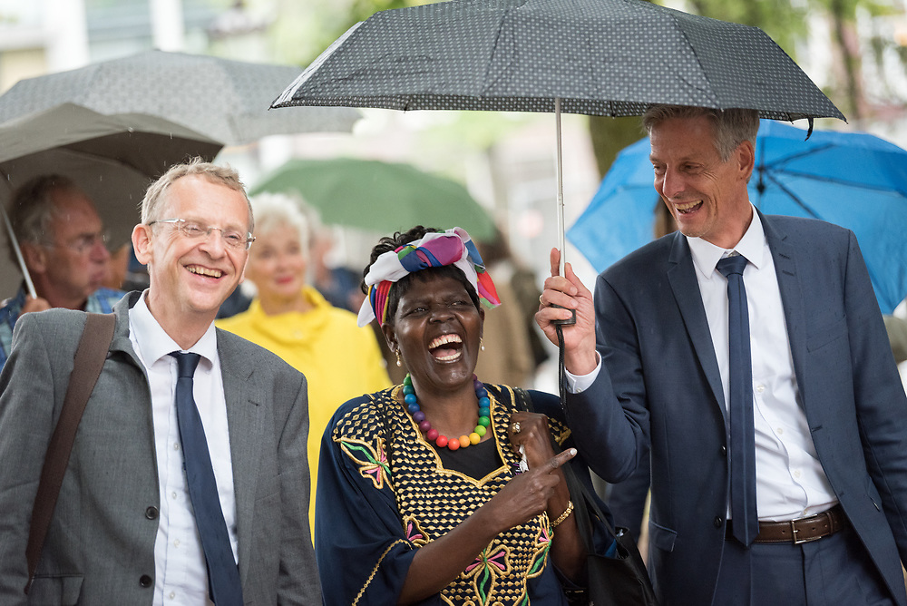 23 August 2018, Amsterdam, Netherlands: WCC staff Owe Boersma (left), Dr Agnes Abuom, moderator of the World Council of Churches Central Committee (middle), and Prof. Fernando Enns (right). A ìWalk of Peaceî on 23 August in Amsterdam gathers hundreds of young people and religious leaders who, as they stroll together, celebrating the ecumenical movement and challenging each other to accomplish even more. The walk offers moments of reflection and prayer at several houses and buildings - including a synagogue, the Santí Egidio Community, the Armenian Church, and many others - all of which carried stories of blessings, wounds and transformation.