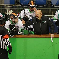 DEL 2 - PLAY-OFFS - Finale: Kassel Huskies - Bietigheim Steelers am 14.05.2021 in der Eissporthalle in Kassel<br /> <br /> <br /> Trainer Daniel Naud (Bietigheim Steelers) in wilder Diskussion mit dem Schiedsrichter<br /> <br /> <br /> <br /> Foto © osnapix/PIX-Sportfotos *** Foto ist honorarpflichtig! *** Auf Anfrage in hoeherer Qualitaet/Aufloesung. Belegexemplar erbeten. Veroeffentlichung ausschliesslich fuer journalistisch-publizistische Zwecke. For editorial use only.