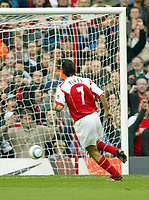 16/10/2004<br />FA Barclays Premiership - Arsenal v Aston Villa - HIghbury<br />Arsenal's Robert Pires scores the equalizing goal from a penalty.<br />Photo:Jed Leicester/BPI (back page images)