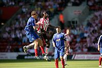 Photo: Jake Eastham.<br /> Southampton v Crewe. Coca Cola Championship.<br /> 27/08/2005.Richard Fuller challenges for a header.