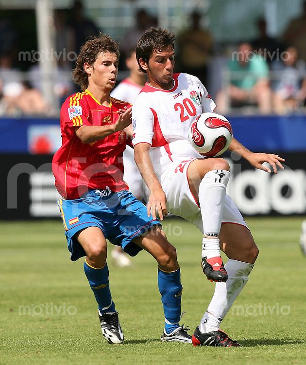 Fussball International U 20 WM  Spanien 4-2 Jordanien Ala Al Bashir (JOR,re) gegen Marcos Garcia (ESP)