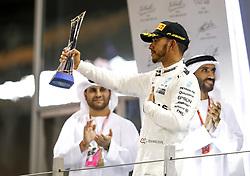 November 26, 2017 - Abu Dhabi, United Arab Emirates - Motorsports: FIA Formula One World Championship 2017, Grand Prix of Abu Dhabi, ..#44 Lewis Hamilton (GBR, Mercedes AMG Petronas F1 Team) (Credit Image: © Hoch Zwei via ZUMA Wire)