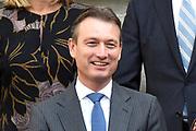 Het nieuwe kabinet Rutte III op het bordes van Paleis Noordeinde. <br /> <br /> Op de foto:  Halbe Zijlstra - minister van Buitenlandse Zaken