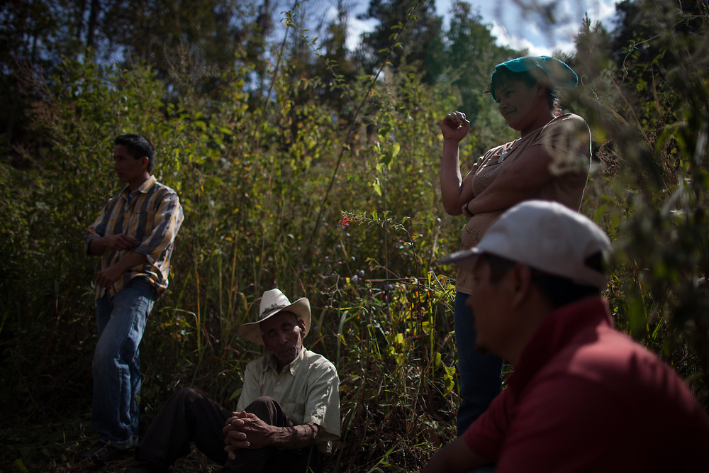 The funeral of José de Los Santos Sevilla, a teacher and leader of the Tolupán indigenous people in Honduras who was assassinated at 6:30 in the morning on 17 February 2017, at his home in the remote area of Montaña de la Flor where he lived with his wife and six children. He was the eighth Tolupán leader to be assassinated in this small area of the country, the killings were linked to land tenure, as non-indigenous people try to take land from the Tolupán people and run mining and logging there. There are several Tolupan tribes in Honduras, split between Montaña de la Flor and Yoro.