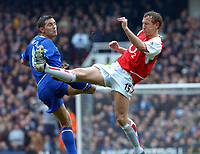 ARSENAL/CHELSEA FA CUP 5TH ROUND (2-1) 15/02/04  PHOTO TIM PARKER FOTOSPORTS INTERNATIONAL<br /> RAY PARLOUR ARSENAL & FRANK LAMPARD CHELSEA 2003/04