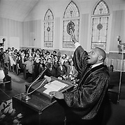 Y-680114-10. Albina negro story, Reverend Edward Wilder, St. Mark's Baptist Church, 103 NE Morris St. January 14, 1968. Published in Oregonian January 21, 1968