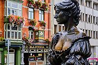 République d'Irlande, Dublin, Irlande, Dublin, croisement de Saint Andrew's et Suffolk Street, la statue de Molly Malone, statue commémorative conçue par Jeanne Rynhar // Republic of Ireland, Dublin, Statue Molly Malone
