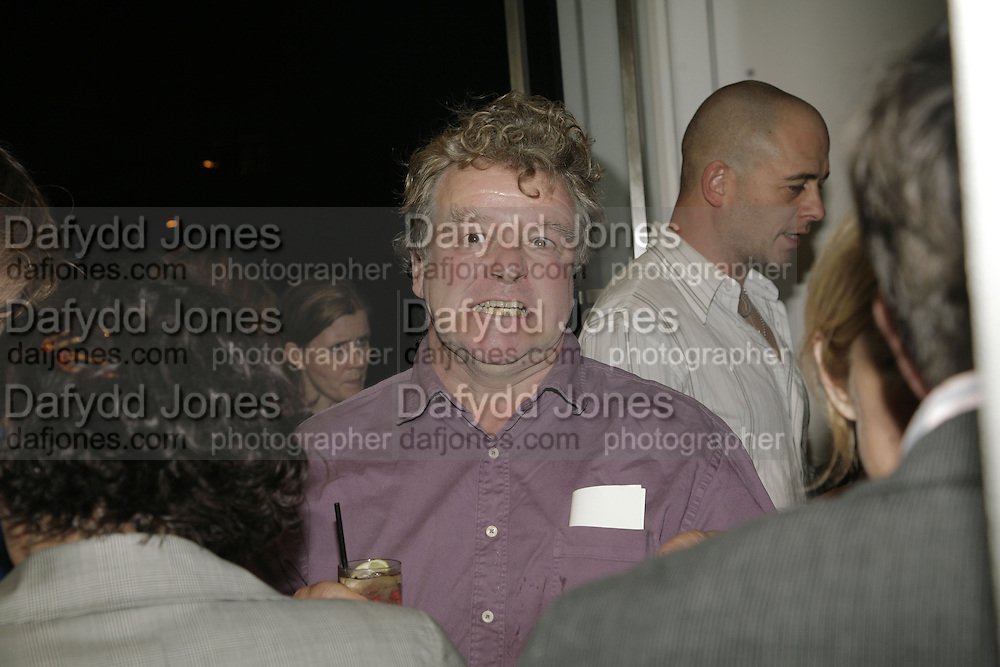 Richard Bannerman, Johnnie Shand Kydd:  book launch party celebrate the publication of Crash.White Cube. Hoxton sq. London. 18 September 2006. ONE TIME USE ONLY - DO NOT ARCHIVE  © Copyright Photograph by Dafydd Jones 66 Stockwell Park Rd. London SW9 0DA Tel 020 7733 0108 www.dafjones.com