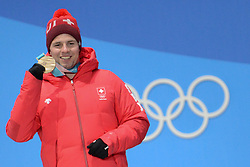 February 15, 2018 - Pyeongchang, South Korea - BEAT FEUZ of Switzerland with his bronze medal from the Men's downhill event in the PyeongChang Olympic games. (Credit Image: © Christopher Levy via ZUMA Wire)
