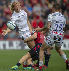 October 20, 2018 - Limerick, Ireland - Billy Twelvetrees of Gloucester gives the ball to Jason Woodward of Gloucester during the Heineken Champions Cup match between Munster Rugby and Gloucester Rugby at Thomond Park in Limerick, Ireland on October 20, 2018  (Credit Image: © Andrew Surma/NurPhoto via ZUMA Press)