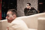 """Il back stage  del teatro della Tosse di Genova, dove i detenuti attori della compania della Fortezza hanno rammpresentato 'Hamlice """" tratto da 'Alice nel Paese delle meraviglie' , regia Armando Punzo. Ultime ripetizioni prima dello spettacolo"""