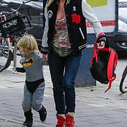 NLD/Amsterdam/20120916- Babyshower Jim Bakkum en partner Bettina Holwerda, Bridget Maasland en zoontje Mees
