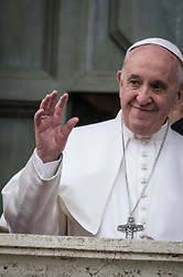 March 26, 2019 - Rome, Italy, Italy - Pope Francis, flanked by Rome's Mayor Virginia Raggi, (not in picture), delivers his speech during his visit to the, Capitol hill: on March 26, 2019 in Rome, Italy. (Credit Image: © Andrea Ronchini/NurPhoto via ZUMA Press)