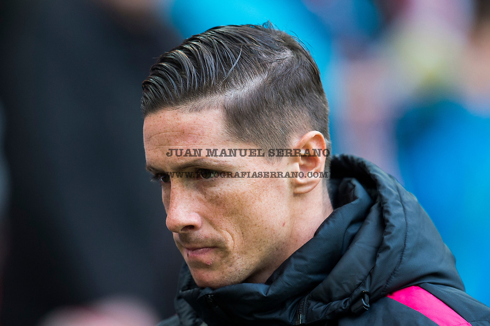BILBAO, SPAIN - JANUARY 22: Fernando Torres of Atletico Madrid looks on prior to the start the La Liga match between Athletic Club Bilbao and Atletico Madrid at San Mames Stadium on January 22, 2017 in Bilbao, Spain.  (Photo by Juan Manuel Serrano Arce/Getty Images)