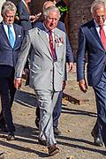 De Prins van Wales zal aanwezig zijn bij de Polish Airborne Commemorative Service, Driel. Als onderdeel van de dienst plaatst de Prins een krans aan de voet van het hoofdmonument.<br /> <br /> The Prince of Wales will attend the Polish Airborne Commemorative Service, Driel. As part of the service, The Prince will place a wreath at the base of the main memorial.