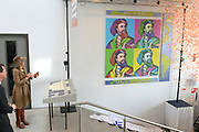 Hare Majesteit Koningin Máxima is donderdagmiddag 27 maart 2014 aanwezig bij de viering van het 10-jarig bestaan van het ROC Midden Nederland in Utrecht. Onderdeel van de viering is de opening van een nieuwe onderwijslocatie die het ROC in januari 2014 in gebruik heeft genomen en waarmee een breder herhuisvestingsproject is afgerond. <br /> <br /> Her Majesty Queen Máxima's  attends the celebration of the 10th anniversary of the ROC Central Netherlands in Utrecht. Part of the celebration is the opening of a new educational venue that the ROC has put into operation in January 2014, and that a broader resettlement project is completed.<br /> <br /> OP de foto / On the photo: