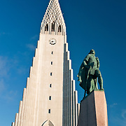 Hallgrimskirkja Church with statue of Leif Eriksson in Reykjavik, Iceland