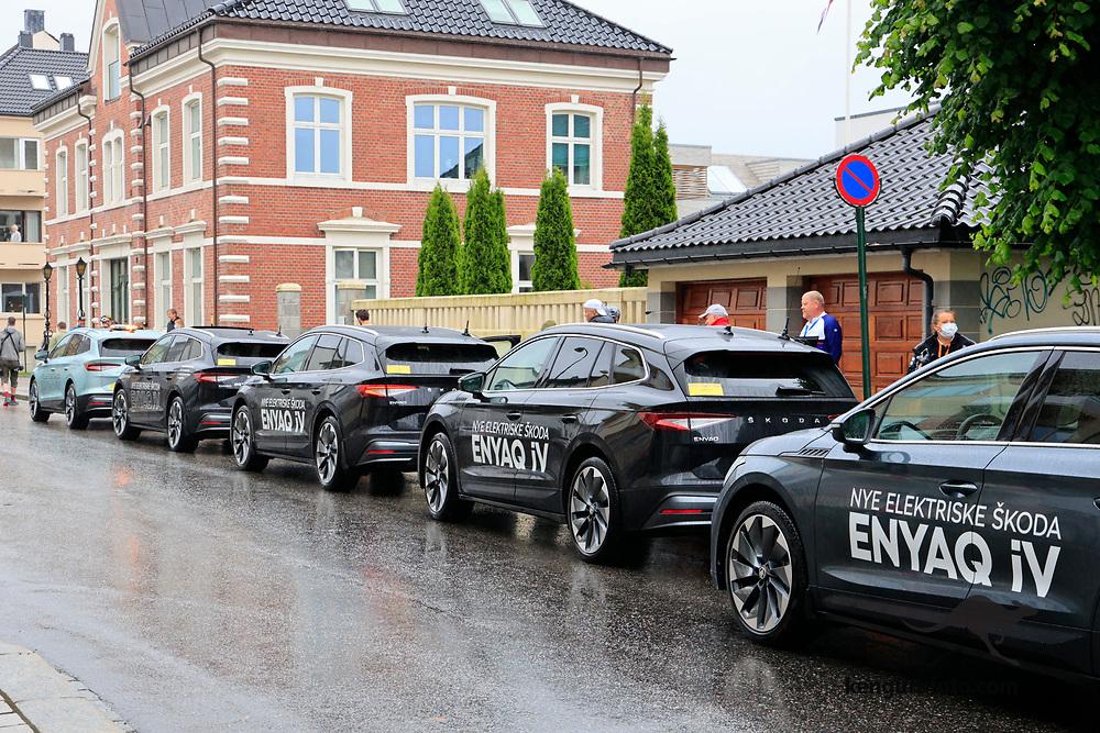 Tobias Svendsen Foss vant herrenes elite klasse under NM på sykkel 2021 i Kristiansand. Elektriske biler ble brukt som følgebiler under hele NM.