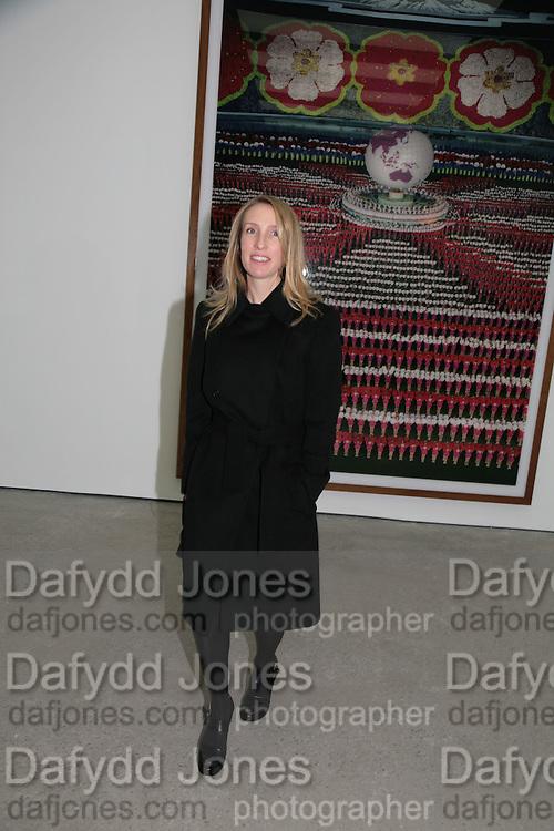 Sam Taylor Wood, Andreas Gursky, White Cube, Mason's Yard. London. 22 March 2007.   -DO NOT ARCHIVE-© Copyright Photograph by Dafydd Jones. 248 Clapham Rd. London SW9 0PZ. Tel 0207 820 0771. www.dafjones.com.