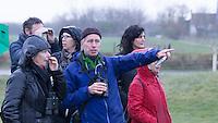 DOMBURG - Birdwatching op de golfbaan van de Domburgsche Golf Club olv Vogelaar / bioloog Floor Arts met baancommissaris Inge Boomsma  Een natuurvriendelijk en milieubewust beheerd golfterrein biedt voor de golfer een interessante en uitdagende omgeving en bevordert de beeldvorming van de golfsport als een 'groene' sport.  Het beleid kent drie programma's: Committed to Green, Golfers love Birdies en Green Deal. COPYRIGHT KOEN SUYK