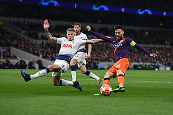 09.04.2019, White Hart Lane, London, ENG, UEFA CL, Tottenham Hotspur vs Manchester City, Viertelfinale, Hinspiel, im Bild Toby Alderweireld of Tottenham Hotspur dives in to block an early chance for David Silva of Manchester City // Toby Alderweireld of Tottenham Hotspur dives in to block an early chance for David Silva of Manchester City during the UEFA Champions League quarterfinals, 1st leg match between Tottenham Hotspur and Manchester City at the White Hart Lane in London, England on 2019/04/09. EXPA Pictures © 2019, PhotoCredit: EXPA/ Focus Images/ Martyn Haworth<br /> <br /> *****ATTENTION - for AUT, GER, FRA, ITA, SUI, POL, CRO, SLO only*****