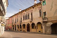 VICENZA, CENTRO STORICO, PALAZZO REGAU, VENETO, ITALIA