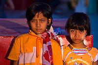 Burmese girls, Shwedagon Pagoda, Yangon (Rangoon), Myanmar (Burma)
