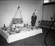 16/07/1970<br /> 07/16/1970<br /> 16 July 1970<br /> Opening of extension to the Four Courts Hotel, Dublin. Picture shows Mr. Peter Dunn, Director of the Four Courts Hotel, with the food display.