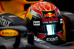 November 24, 2017 - Abu Dhabi, United Arab Emirates - Motorsports: FIA Formula One World Championship 2017, Grand Prix of Abu Dhabi, .#33 Max Verstappen (NLD, Red Bull Racing) (Credit Image: © Hoch Zwei via ZUMA Wire)