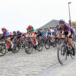 04-04-2021: Wielrennen: Ronde van Vlaanderen (Vrouwen): Oudenaarde<br />Haaghoek Passage