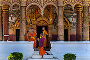 Luang Prabang. Novice Buddhist monks come to lodge in the town's temples whilst learning the life of a monk, such as here at Wat Paphai In the late 1800s, French colonial powers and the Lao aristocracy of Vientiane developed a new architectural fusion in Luang Prabang, inspired by local temples and materials, and French and Indochine architecture. The French brought in skilled Vietnamese builders to build two-storey villas throughout the town.