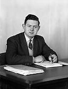 16/04/1962<br /> 04/16/1962<br /> 16 April 1962<br /> Smith's Garage Athy, Co. Kildare. John Perry, Manager.
