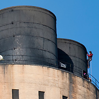 Didcot Oxfordshire October 26 Environmental protestors from Climate Action  broke into Didcot Power Station and climbed the main tower...***Agreed Fee's Apply To All Image Use***.Marco Secchi /Xianpix. tel +44 (0) 771 7298571. e-mail ms@msecchi.com .www.marcosecchi.com
