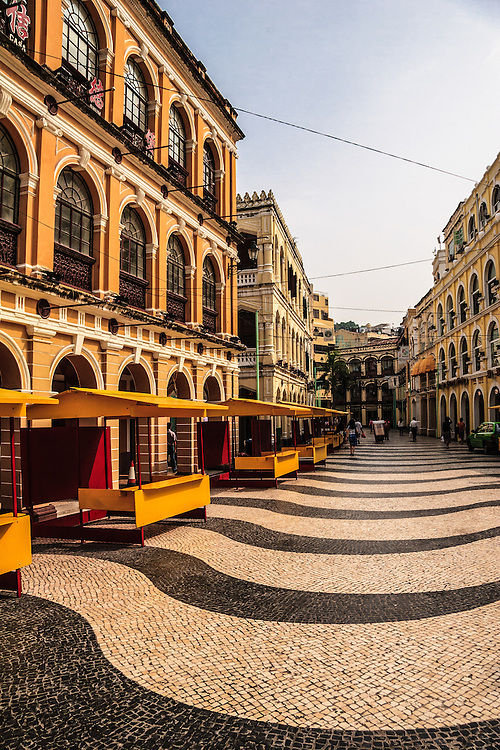 Largo do Senado in Macau, China. Some heritage buildings surround the square including the Post Office, the Holy House of Mercy and St Dominic's Church.