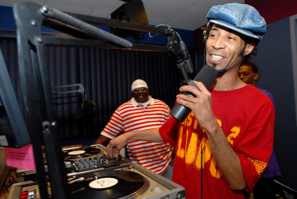 Rich Boy performs songs from his highly anticipated debut album on Interscope Records, in Pensacola, Florida, September 2006.Hasain Rasheed Photography.