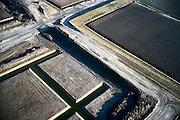 Nederland, Zeeland, Zuid-Beveland, Nieuwe Vaathoek (Borssele Polder) 15/11/2001; detail van aanleg tolplein Westerscheldetunnel (zie ook overzichtsfoto); ingreep landschap, bouw, grondwerk;<br /> luchtfoto (toeslag), aerial photo (additional fee)<br /> photo/foto Siebe Swart
