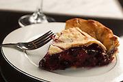 USA, Oregon, Keizer, blueberry/raspberry  pie.