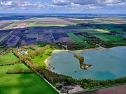Nederland, Drenthe, Emmen, 07-05-2021; Zandgroeve Emmerschans, zandwinplas. Aan de rand van de plas In de plas Broken Circle and Spiral Hill. Landart project uit 1971 van Robert Smithson (Sonsbeek buiten de perken)<br /> Broken Circle and Spiral Hill. Land art project (1971) by Robert Smithson.<br /> luchtfoto (toeslag op standard tarieven);<br /> aerial photo (additional fee required)<br /> copyright © 2021 foto/photo Siebe Swart