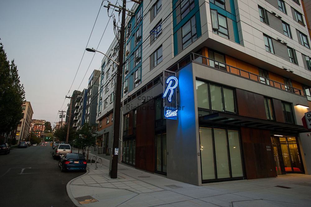 2014 October 03 - Rivet Apartments, South Lake Union, Seattle, WA, USA. By Richard Walker